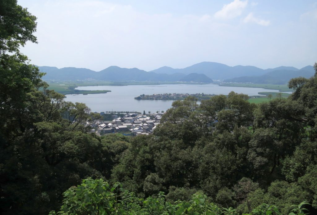 04 View-from-Azuchi-castle-ruins