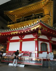 06 Top-floor-of-restored-Azuchi-castle-guardian